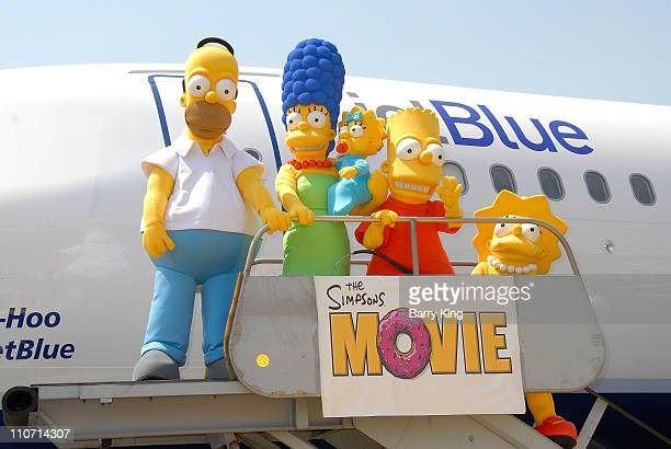 Lisa simpson stock photos and pictures getty images - Marge simpson et bart ...