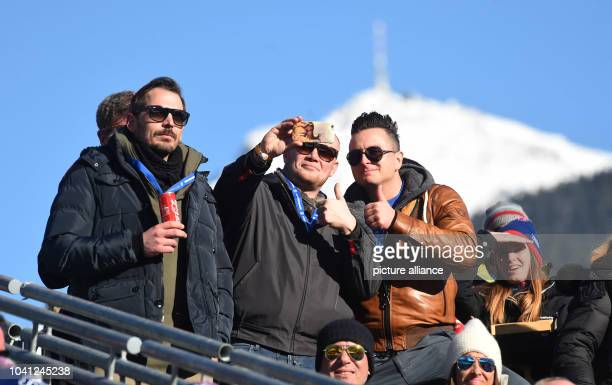 The singer Andreas Gabalier can be seen during a cockscomb race in Kitzbuehel Austria 21 January 2017 Photo Felix Hörhager/dpa   usage worldwide