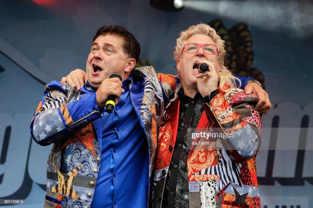 The singer duo 'Olaf und Hans' perform at the SchlagerOlymp Open Air Festival at Freizeit und Erholungspark Luebars on August 12, 2017 in Berlin, Germany.