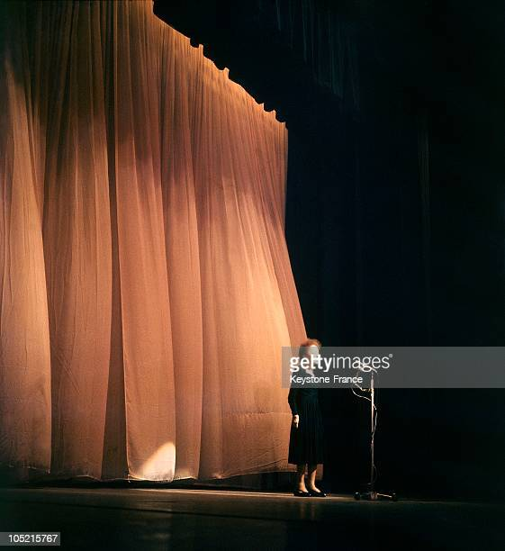 The Singer Edith Piaf On The Stage Of The Olympia Theater On December 30 1960
