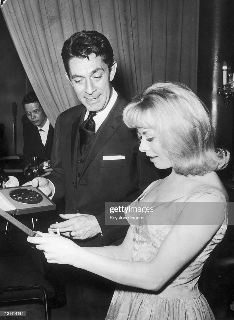 Isabelle Aubret Congratulated By J.C. Pascal Luxembourg 1962 : News Photo