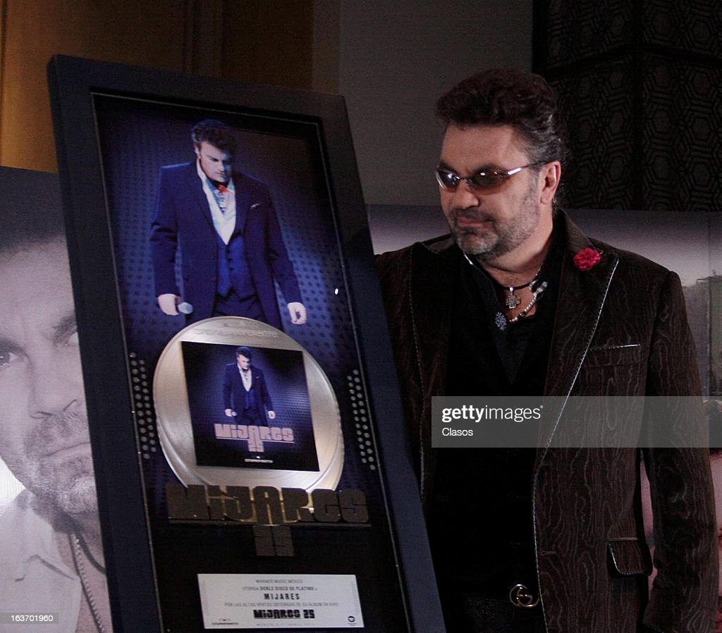 The Singer Manuel Mijares looks on during a press conference to present his new material Canto Por Ti on March 13, 2013 in Mexico City, Mexico.