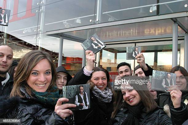 The singer Marco Masini meet his fans after the triumph obtained in Sanremo in 2015 ready for a new tour which will start in April 2015 Nell'attesa...