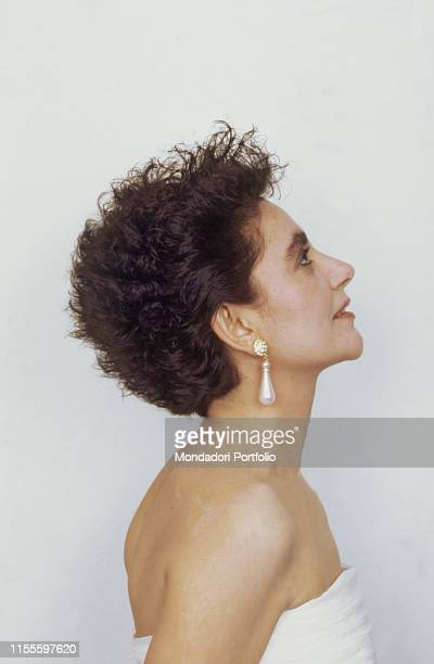 The singer Mia Martini seen from the side 1989