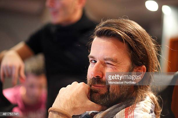 The singersongwriter leader of the band Jarabe de Palo Pau Donès during a photo shooting at the RTL 1025 recording studios for the making of the...