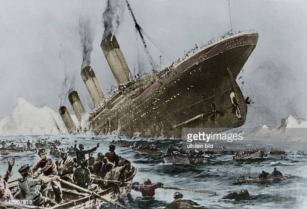 The sinking of the 'Titanic' during the night of April 14th to 15th 1912Painting by Willy Stoewer Picture colorized later identical with Image Number...