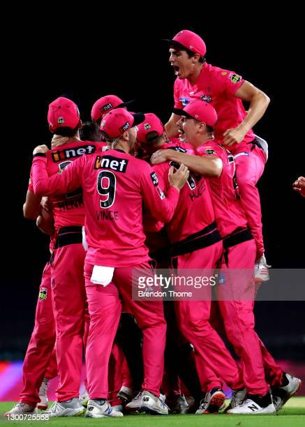 The Sixers celebrate victory during the Big Bash League Final match between the Sydney Sixers and the Perth Scorchers at the Sydney Cricket Ground on...