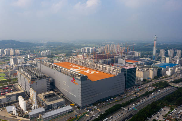 KOR: SK Hynix Inc. Office and Products Ahead Of Earnings Announcement
