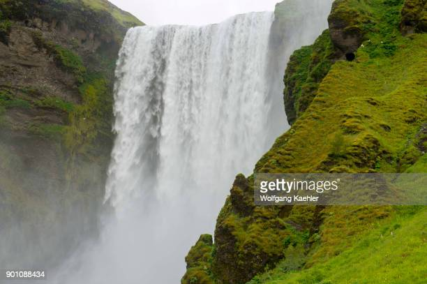 The Skogafoss is one of the biggest waterfalls in southern Iceland with a width of 15 meters and a drop of 60 m .