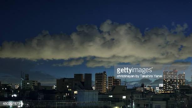 the sky from koto ward, tokyo - christinayan ストックフォトと画像