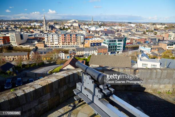 the skyline of drogheda, ireland - david soanes stock pictures, royalty-free photos & images