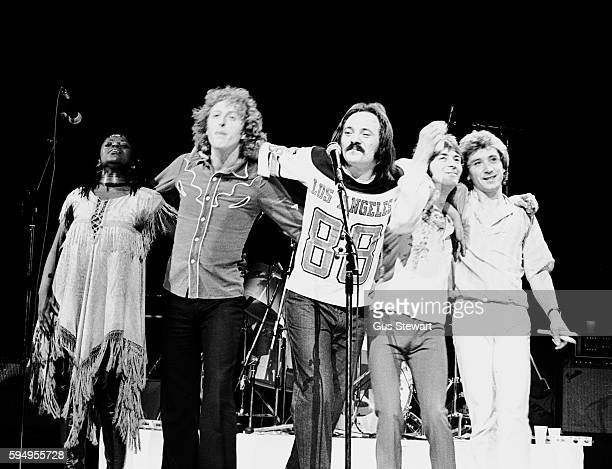 The Small Faces perform on stage at Hammersmith Odeon, London, 25th September, 1977. L-R unknown singer, Rick Wills, Steve Marriott, Ian McLagan,...