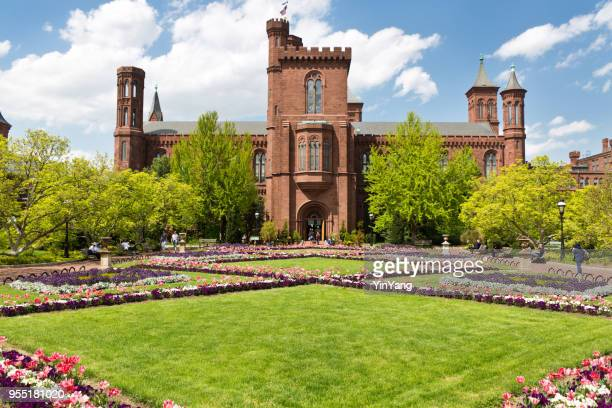 the smithsonian castle building in washington dc, usa - smithsonian institution stock pictures, royalty-free photos & images