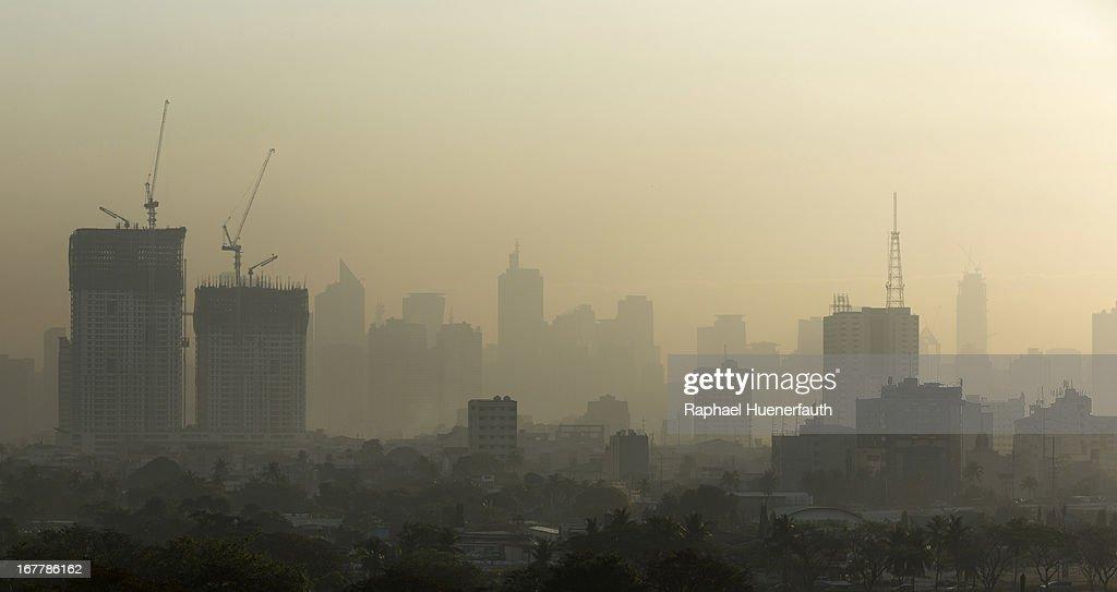 Smog in Manila : News Photo