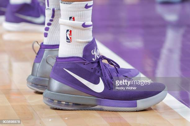 f5ea89dc4c1f42 The sneakers belonging to Vince Carter of the Sacramento Kings in a game  against the Denver