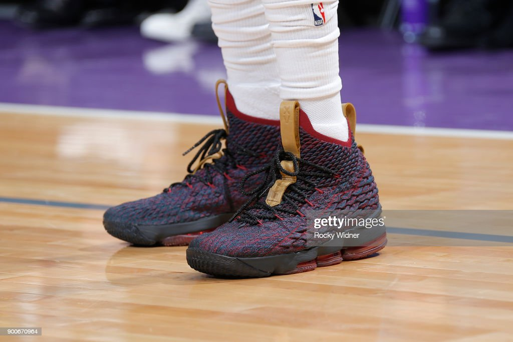 The sneakers of De'Aaron Fox #5 of the Sacramento Kings are seen during the game against the Charlotte Hornets on January 2, 2018 at Golden 1 Center in Sacramento, California.