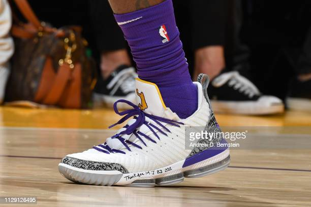 2 367 Lebron James Sneakers Photos And Premium High Res Pictures Getty Images