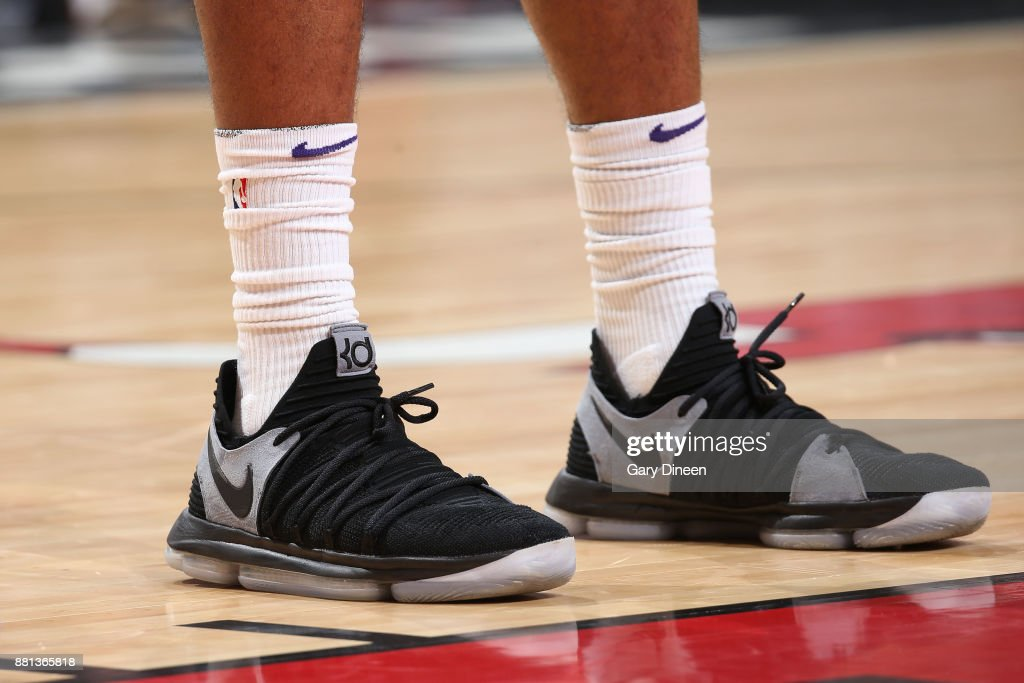 The sneakers of TJ Warren #12 of the Phoenix Suns are seen during the game against the Chicago Bulls on November 28, 2017 at the United Center in Chicago, Illinois.