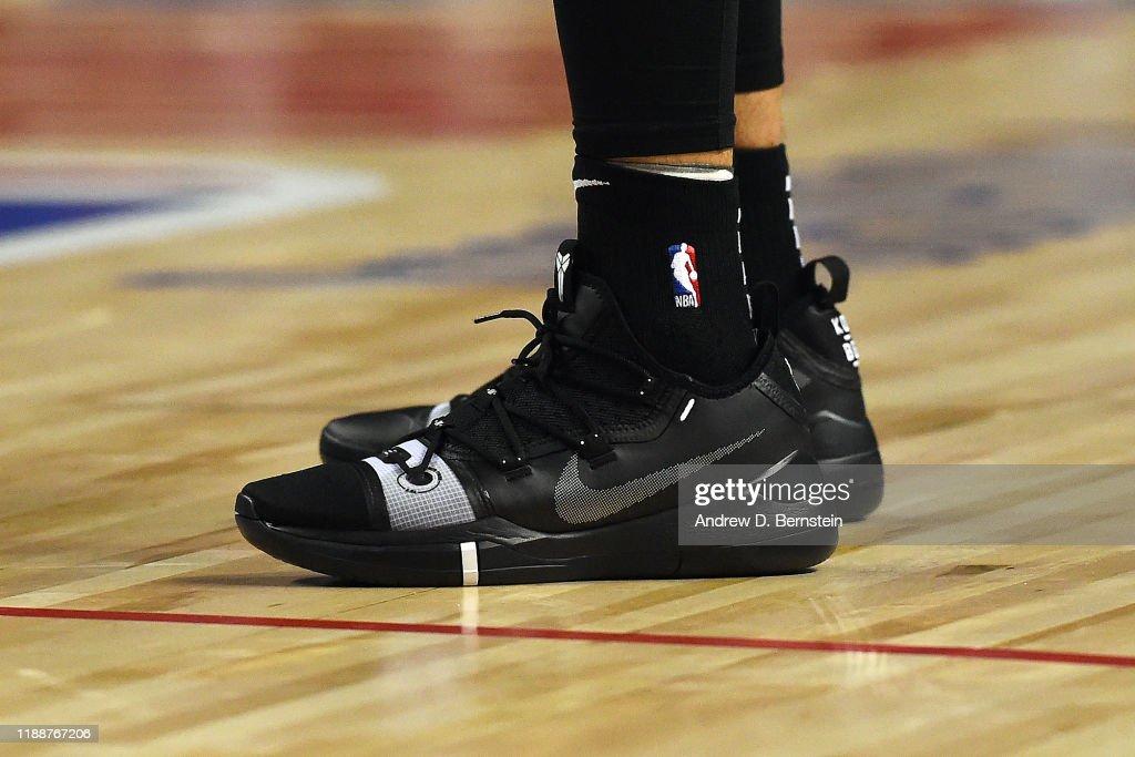 San Antonio Spurs v Phoenix Suns : News Photo