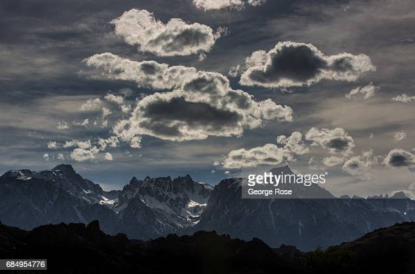 The snow-covered Sierra Nevada Mountains and Mt. Whitney ...