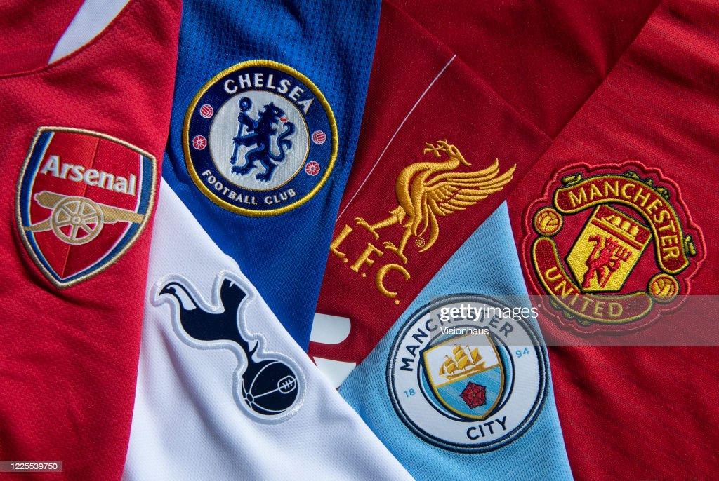 Top Six Club Badges on Football Shirts : News Photo