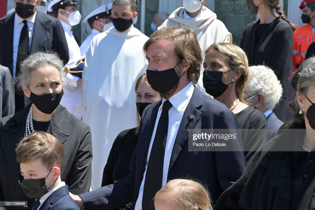 Prince Amedeo Di Savoia, Duke Of Aosta, Funeral In Florence : ニュース写真