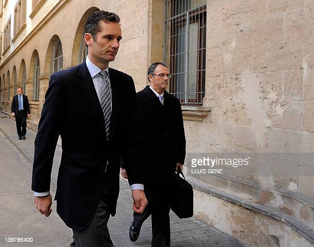 The soninlaw of Spain's King Juan Carlos Inaki Urdangarin and his lawyer Mario Pascual Vives arrive at a court in Palma de Mallorca on the Spanish...