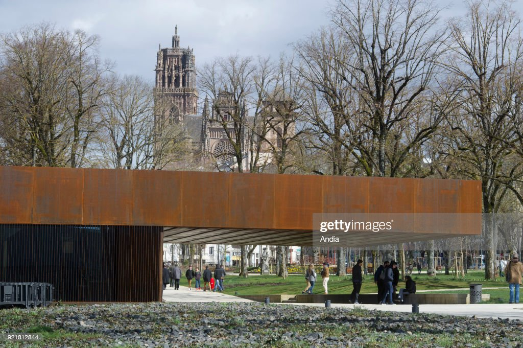 The Soulages Museum in Rodez, contemporary art museum dedicated to the work of French abstract artist Pierre Soulage, architecture by 'RCR arquitectes' and Passelac & Roques. The museum and Rodez Cathedral in the background.
