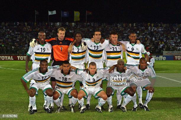 The South African national soccer team poses 20 January 2002 in Segou before the start of a match against Burkina Faso counting for the XXIIIrd...