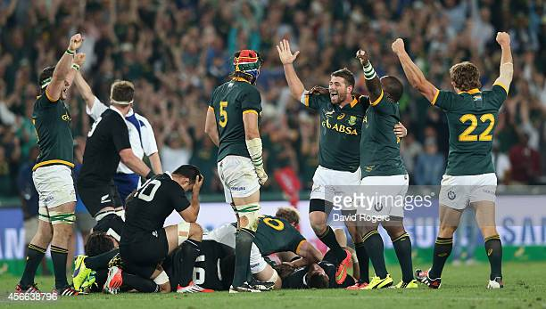 The South African Sprinboks celebrate at the final whistle during the Rugby Championship match between the South African Springboks and the New...
