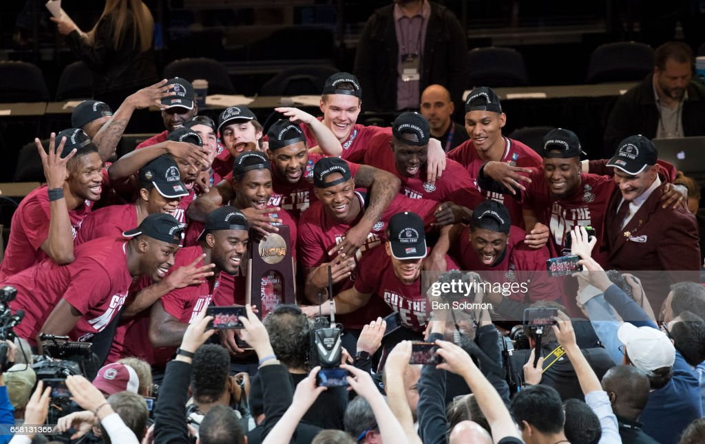 NCAA Basketball Tournament - East Regional - New York : News Photo