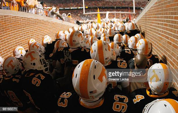 The South Carolina Gamecocks get ready to enter the field before the game against the Tennessee Volunteers at Neyland Stadium on October 31, 2009 in...
