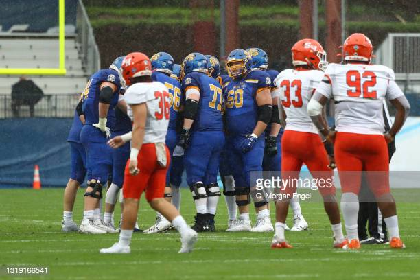 The South Dakota State Jackrabbits huddle against the Sam Houston State Bearkats during the Division I FCS Football Championship held at Toyota...