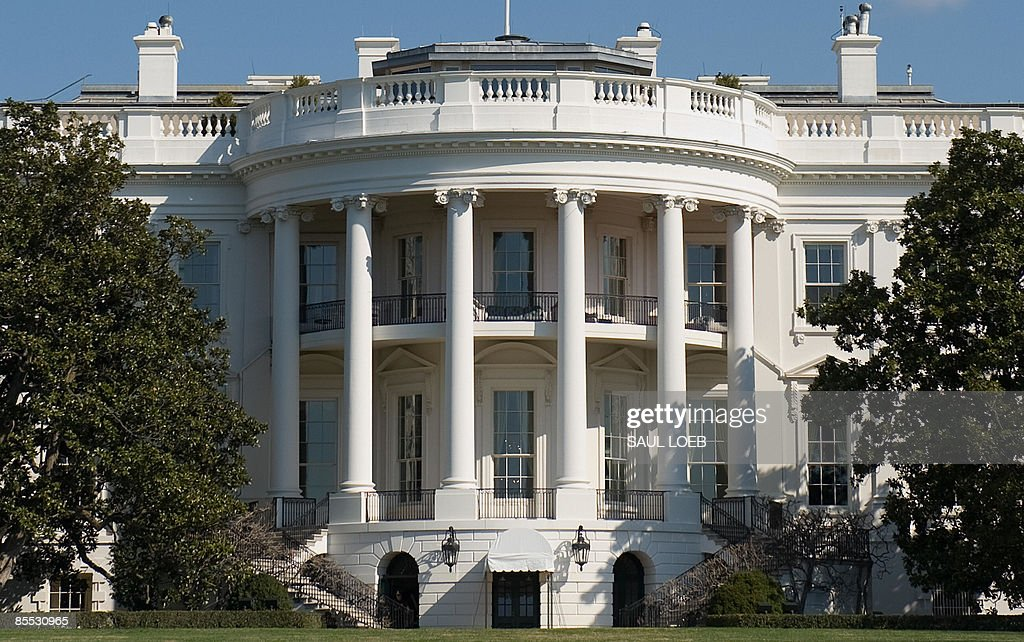 The South Lawn of the White House in Was : News Photo