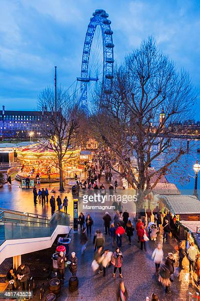 the  southbank centre christmas market - ロンドン サウスバンク ストックフォトと画像
