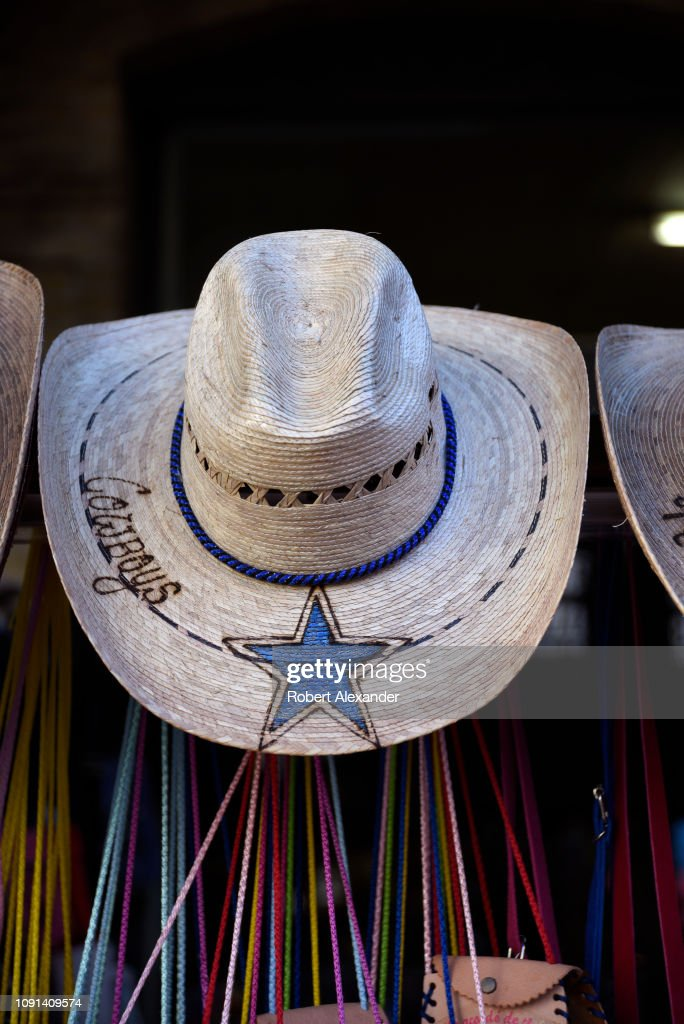 31c8ebf16da592 The souvenir straw cowboy hat for sale at a shop in San Antonio ...