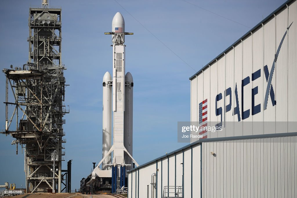 SpaceX To Launch First Heavy Lift Rocket In Demonstration Mission : News Photo