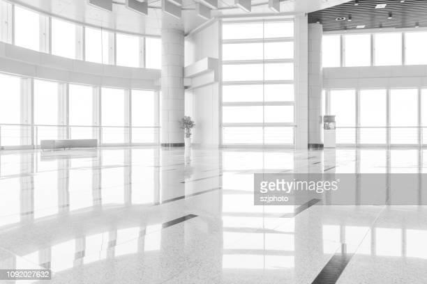 the spacious office - sol caractéristiques d'une construction photos et images de collection