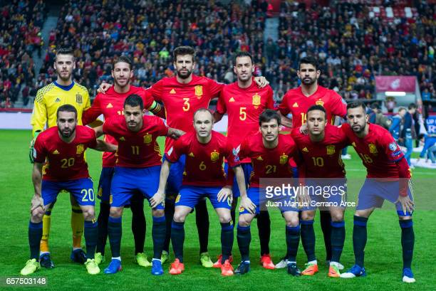 The Spain players line up for a team photo prior to the FIFA 2018 World Cup Qualifier between Spain and Israel at Estadio El Molinon on March 24 2017...