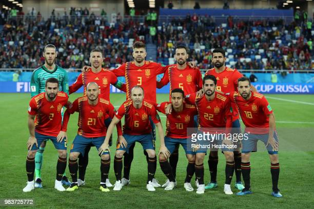 The Spain players pose for a team photo prior to the 2018 FIFA World Cup Russia group B match between Spain and Morocco at Kaliningrad Stadium on...