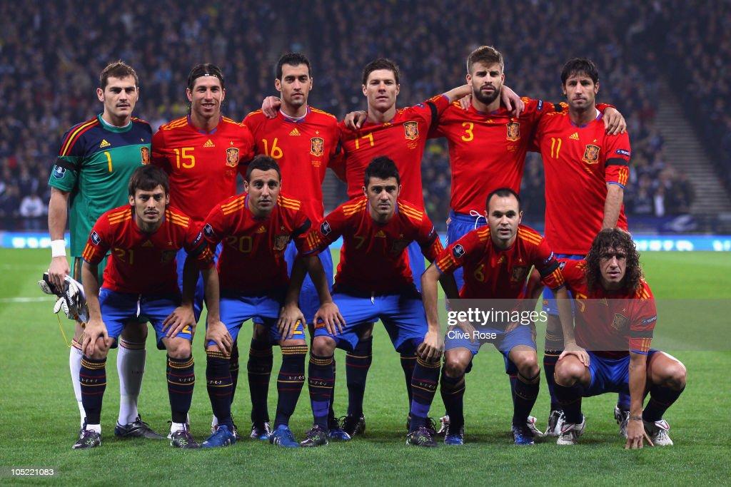 Scotland v Spain - EURO 2012 Qualifier : News Photo