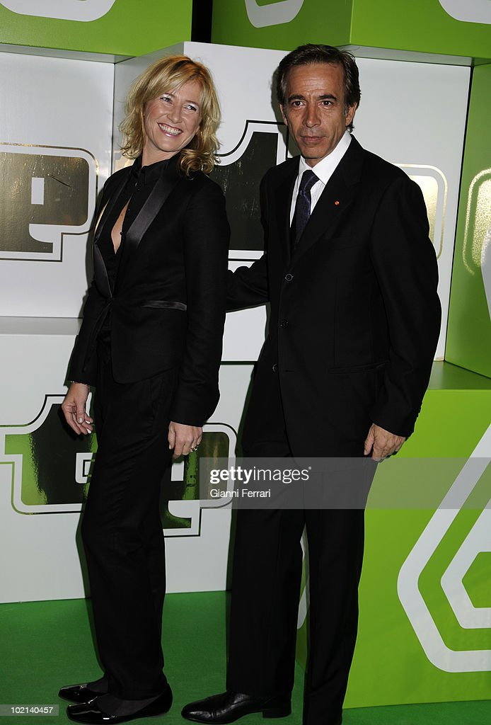 The spanish actors Ana Duato and Imanol Ariasto the delivery of the awards 'TP of Gold' for the best presenters, actors and programs of the Spanish televisions, 10 February 2009, 'Palacio de Congresos', Madrid, Spain.