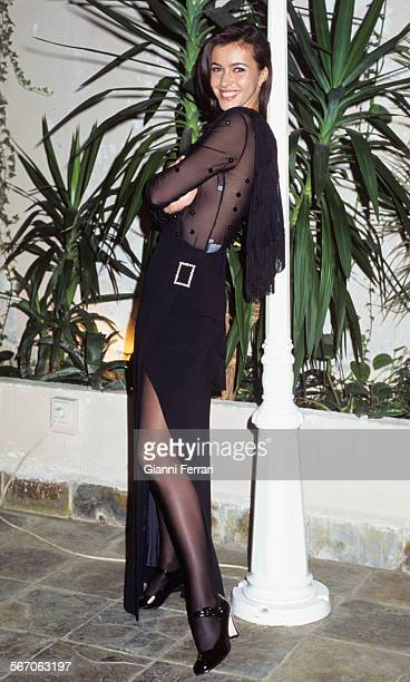 The Spanish actress and TV presenter Arancha Del Sol in a photo schoot, 15th Decembere 1995, Madrid, Spain. .