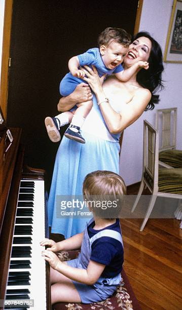 The Spanish actress Concha Velasco with her children 27th June 1980 Madrid Spain