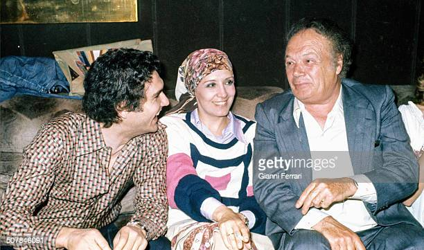The Spanish actress Concha Velasco with her husband the Spanish player Paco Marso and her agent Damian Rabal 4th February 1978 Madrid Spain