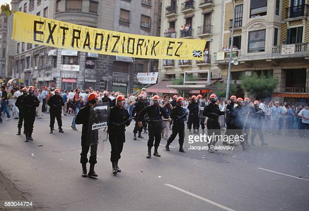 The Spanish antiriot police surrounds a violent demonstration of ETA supporters in San Sebastian | Location San Sebastian Spain