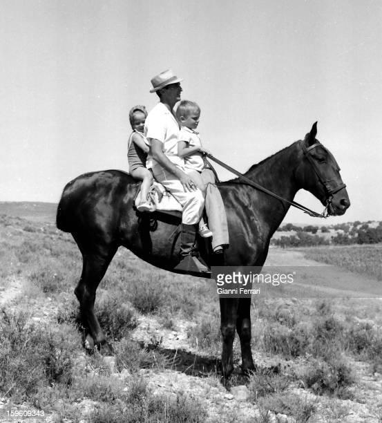 The Spanish bullfighter Luis Miguel Dominguin with his children Lucia and Miguel on his farm of Villa Paz Cuenca Castilla La Mancha Spain