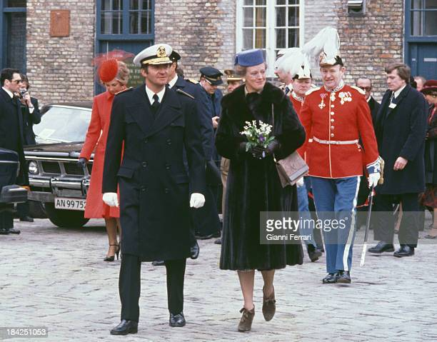 The Spanish King Juan Carlos and the Danish Queen Margrethe II go to the Town Hall 18th March 1980 Copenhagen Denmark