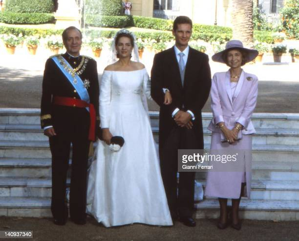 The Spanish King Juan Carlos the Infanta Cristina her groom Inaqui Urdangarin and Queen Sofia at the Pedralbes Palace before the wedding 4th October...