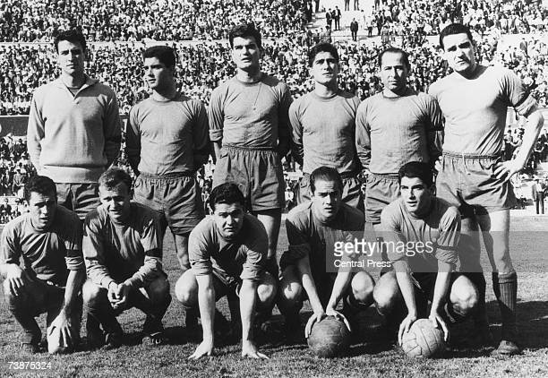 The Spanish national side in training in Madrid for the World Cup 2nd May 1962 From left to right Salvador Sadurni Luis Maria Echeberria Enrique...